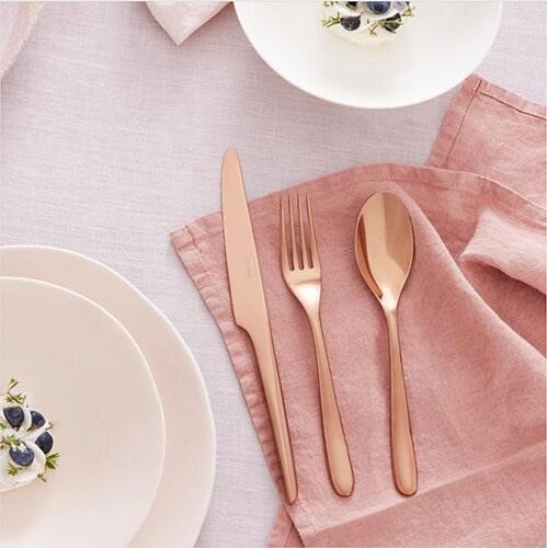 Christofle-assiettes-couverts-art-de-la-tablejpg