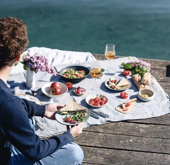 Les arts de la table - pique nique au bord du lac