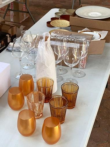 Table de printemps mise en place des verres