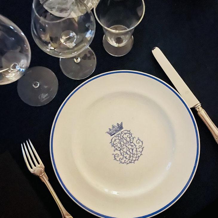 A la table d'une parisienne par Maud Rabin