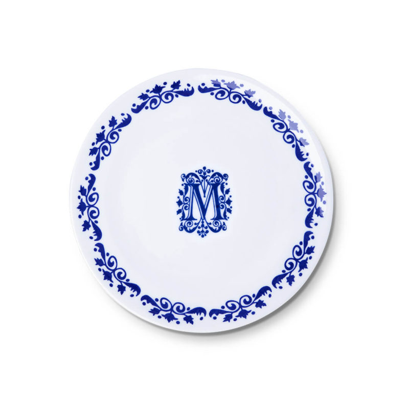 Assiettes néo-bourgeois par Maison Manoï
